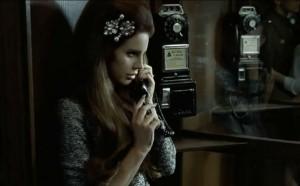 """Vorstadthorrorshow: Lana del Rey covert """"Blue Velvet"""""""